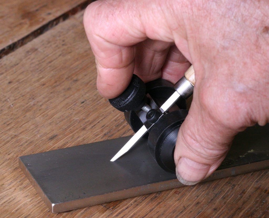Graver sharpening jig